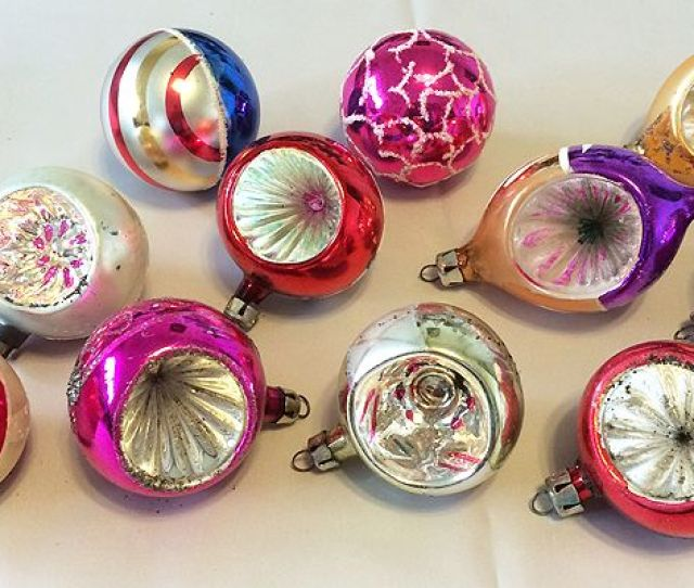 Vintage Poland Dozen Blown Glass Indent Christmas Ornaments In Original Box S S In X Sold Gallery
