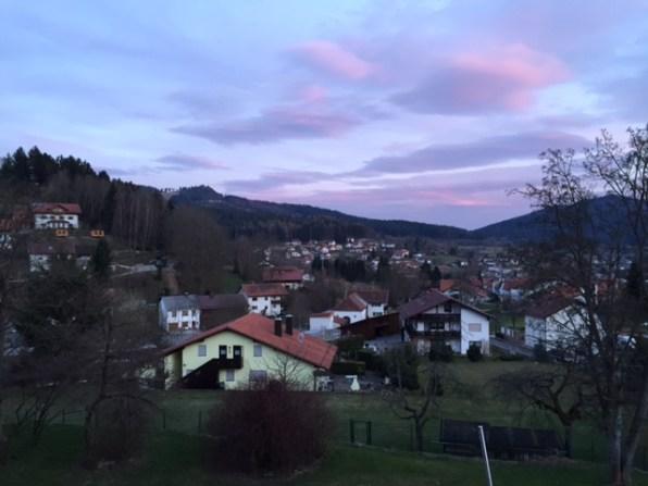 Bodenmais – Blick auf den Silberberg bei Sonnenuntergang