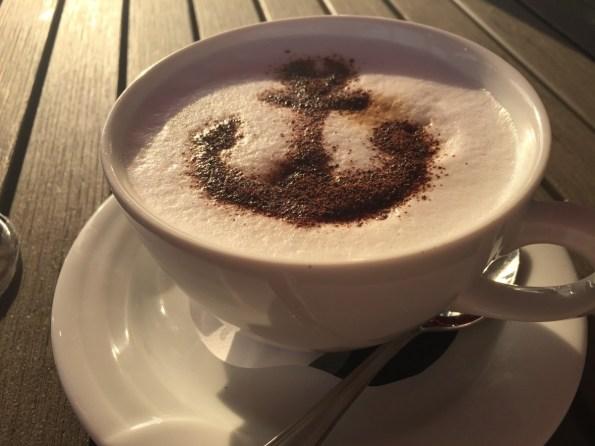 Cuppucino mit Anker