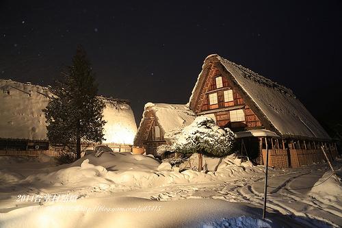 冬日的童話村【合掌村點燈】2014展望台攝影卡位攻略分享 @麻吉小兔吃貨旅行團