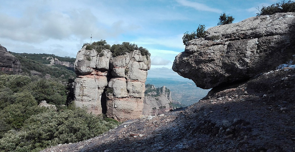 Las cuevas de Sant Llorenç del Munt ©visitvalles.com