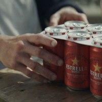 Estrella Damm elimina las anillas de plástico
