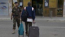 El aeropuerto internacional de Saná ha visto salir a diplomáticos de varios países.