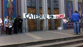 Los manifestantes llegaron hasta el lugar a las 11:00 horas.