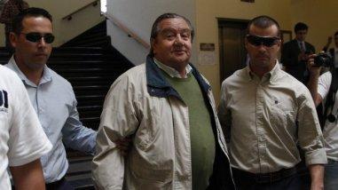 Cristián Labbé fue condenado a 3 años de cárcel por torturas ...