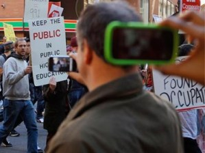 No Shooting at Protest? Police May Block Mobile Devices Via Apple