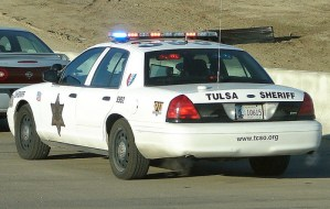 Tulsa Police Set Up 'Insurance Checkpoint,' Issue $250 Tickets & Tow Cars En Masse