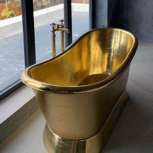 Slanting Base Brass Bathtub Full Brass