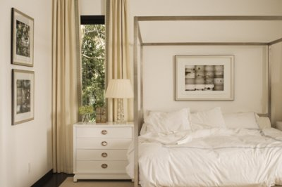 Fancy MDF Italia Aluminium Canopy Bed
