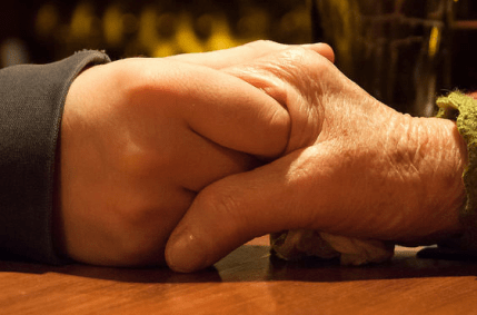 holding-hands-table