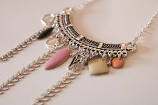 collier court vintage rose