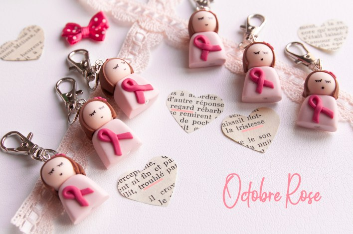 octobre rose porte cle