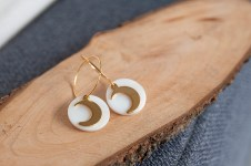 boucles lune nacre or