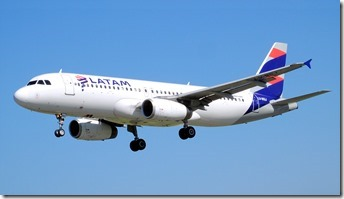 LATAM-AIRLINES-AIRBUS-A320-233_LV-BSJ
