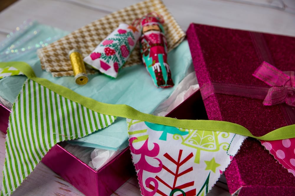 How-to-sew-a-Chirstmas-Banner