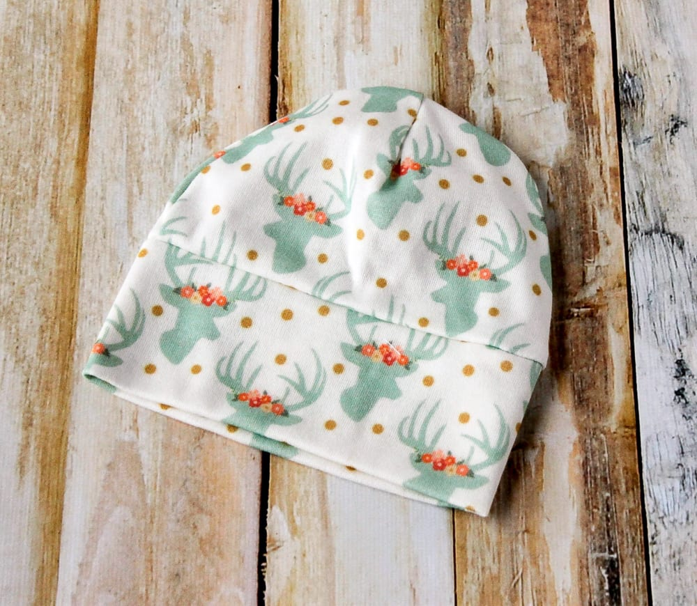 infant- baby-hat-sewing-pattern