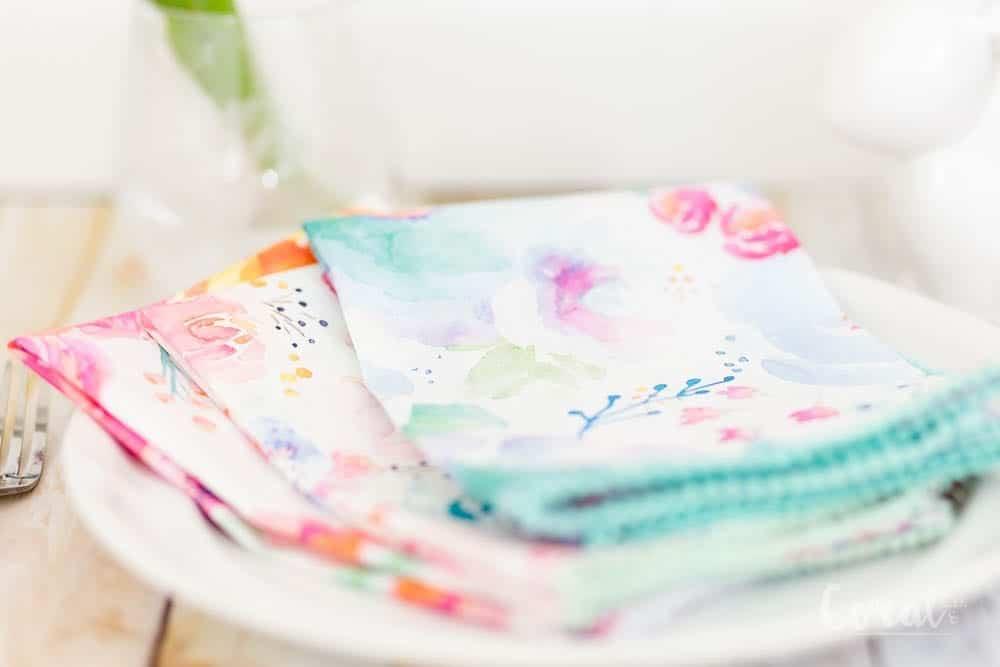 diy-easter-napkin-tutorial