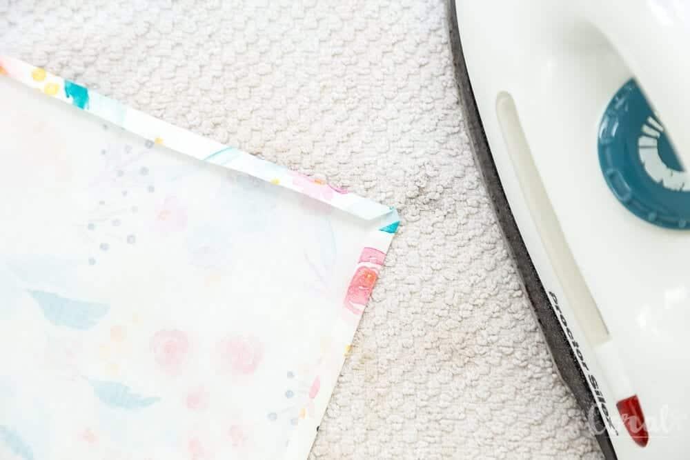 how-to-sew-mitered-corner-napkins
