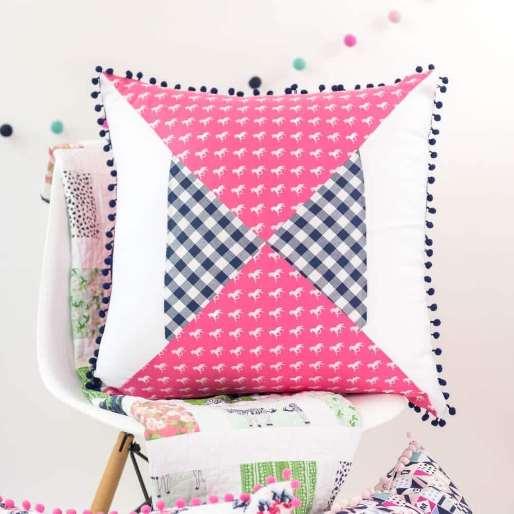 Quilted Pillow Pattern: Modern Hourglass