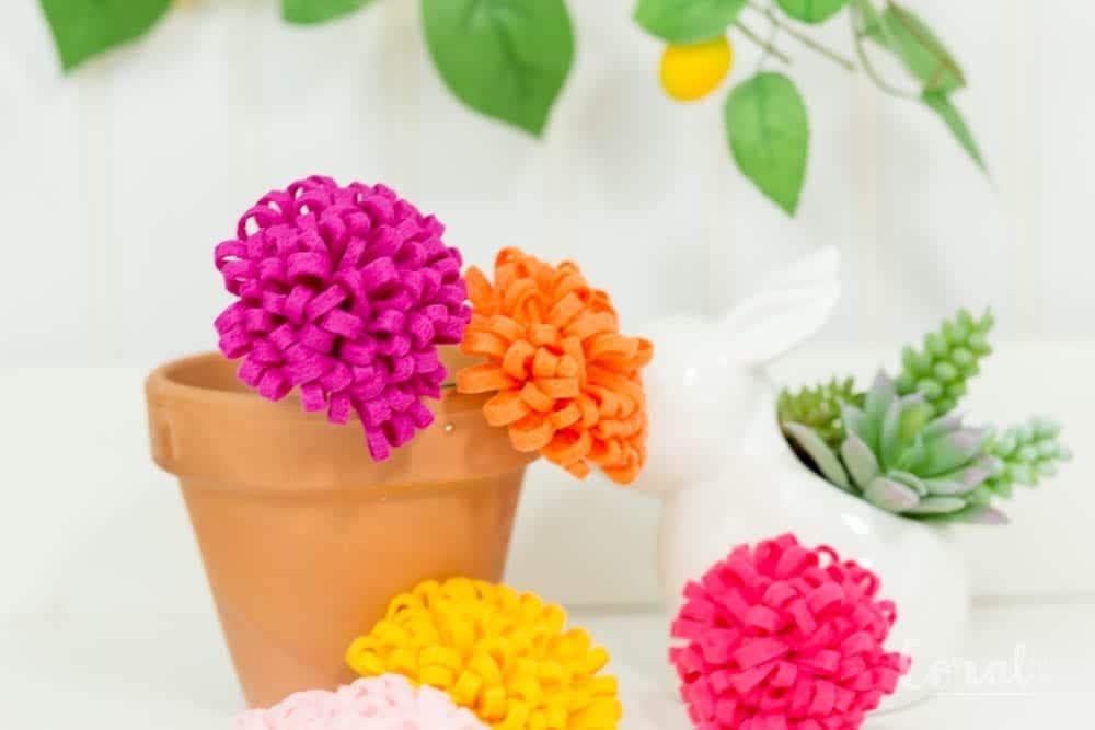 how-to-make-felt-chrysanthemum-flowers-tutorial