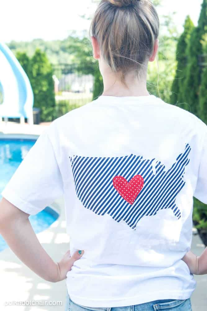 diy-usa-t-shirt-4th-of-july-polka-dot-chair