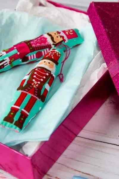 Easy Sew Christmas Ornaments – DIY Kid Friendly Christmas Ornaments