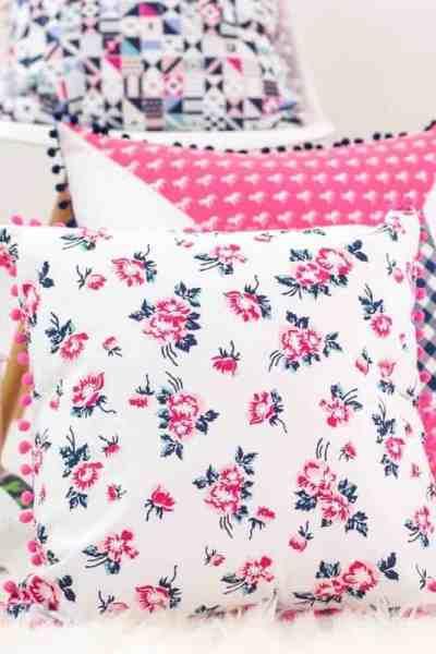 how-to-make-a-pom-pom-pillow