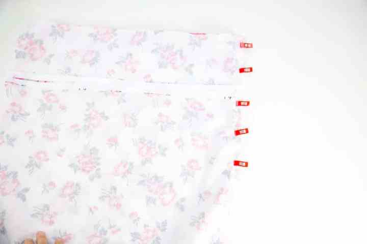 place-pillow-back-over-pillow-front-right-sides-together-and-pin