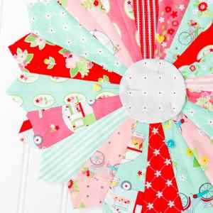 How to make a Dresden Plate Quilt Block Tutorial
