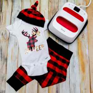 OH Deer Onesie with Cricut Buffalo Plaid Iron-on Tutorial + Easypress 2