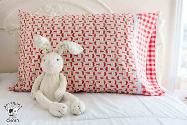 How to Make a Pillowcase in 3 Easy Steps