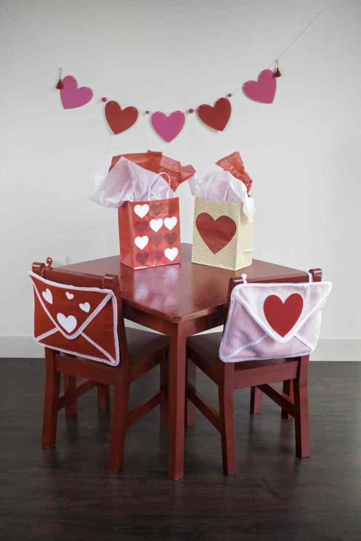 Valentine's Day Envelope Chair Backer Tutorial American Greeting