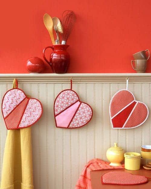 How to Make Charming Heart-Shaped Pot Holders