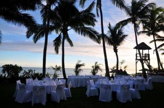 Lawn Reception - Outrigger on the Lagoon Fiji