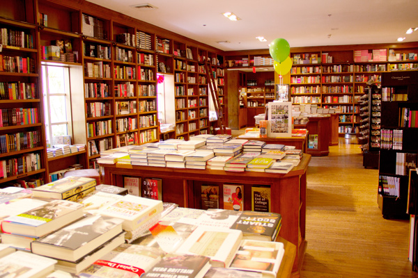 z-books-and-books-coral-gables3