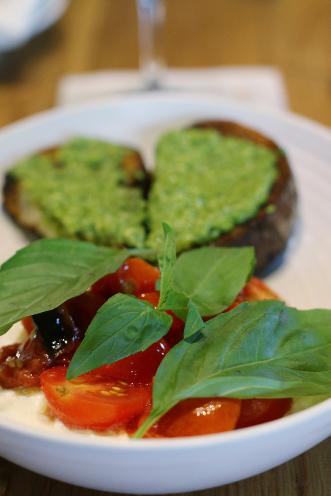 Glass and Vine has a caprese salad with pea pesto. It's delicious! Click to read more or pin and save for later! Coral Gables | Miami | Coconut Grove | Florida