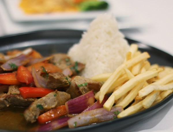 Lomo Saltado from Mikuna. Mikuna is the best Peruvian restaurant in Coral Gables.