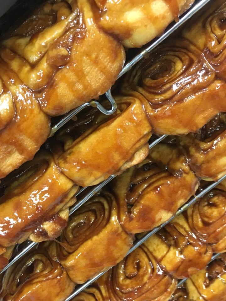 Knaus Berry Farm Cinnamon Rolls in Homestead