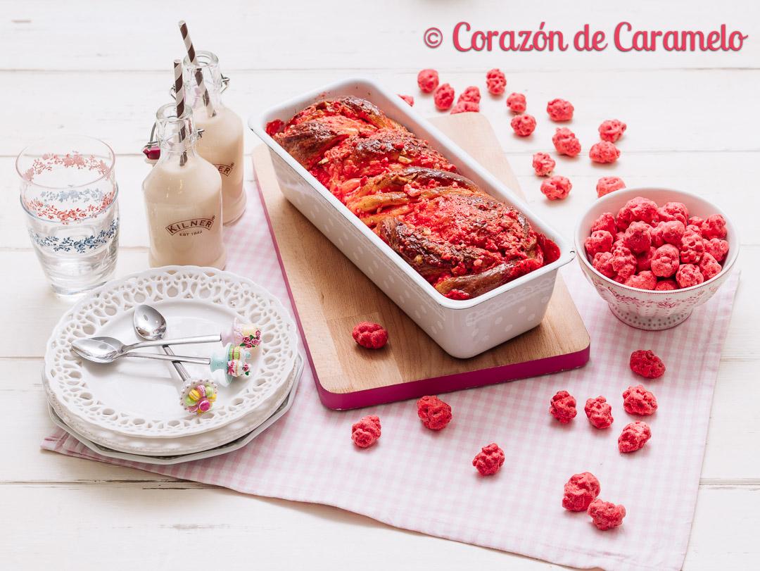 Brioche con pralinés rosas   Receta francesa