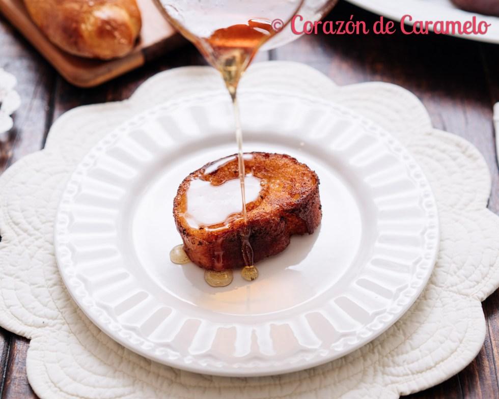 Torrijas tradicionales con pan de brioche | Receta casera