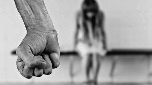 donne polizia san valentino violenza cronaca ellera-chiugiana