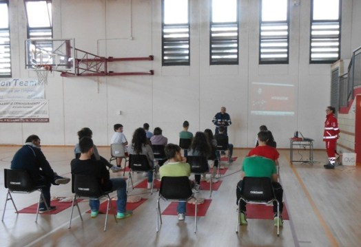 La Croce rossa alla Bonfigli insegna il primo soccorso 21