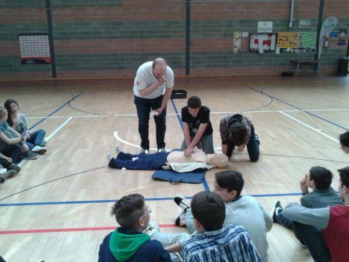 La Croce rossa alla Bonfigli insegna il primo soccorso 24