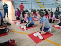La Croce rossa alla Bonfigli insegna il primo soccorso 9