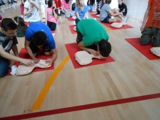 La Croce rossa alla Bonfigli insegna il primo soccorso 10