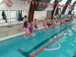 Progetto Nuoto: l'Istituto Bonfigli porta in piscina i suoi alunni 3
