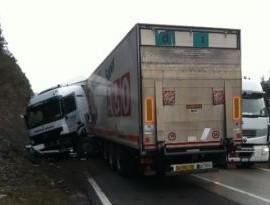 camion sbandato