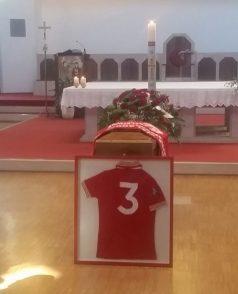 Cucinelli al funerale di Antonio Ceccarini 'Il Tigre' dà l'ultimo saluto all'amico e collega 7