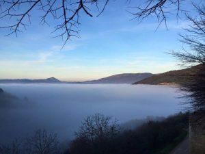 Umbria nella nebbia, anche Corciano 'immersa': da mercoledì invece si abbassano le temperature 2