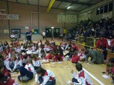 San Mariano ed Ellera Volley: dopo il derby festeggiamenti e solidarietà 1